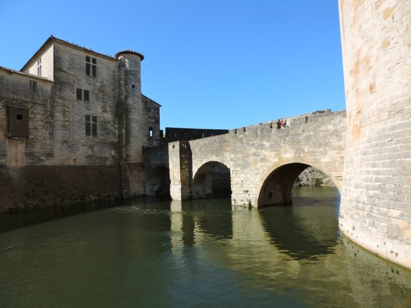 Aigues-Mortes Borgo Fortificato Linguadoca - 03