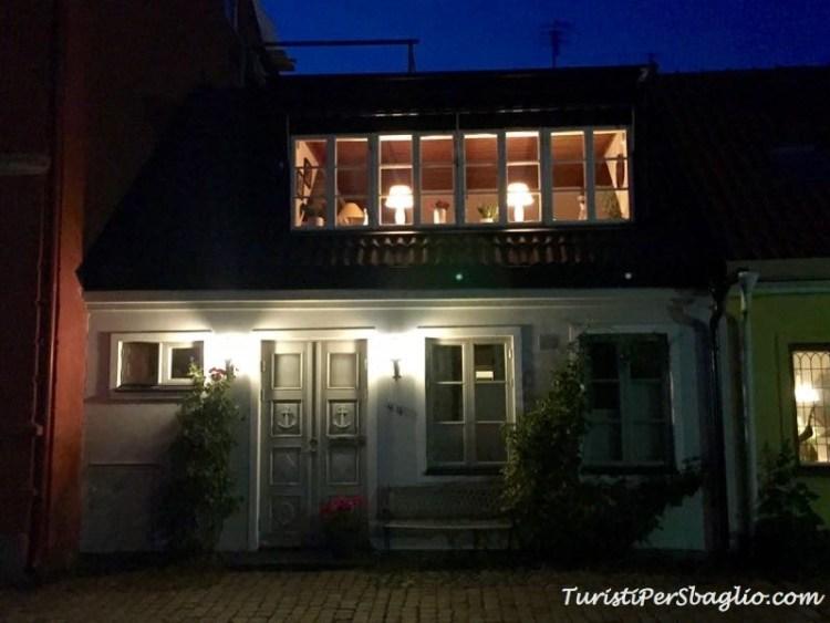 Scania, Ystad di notte