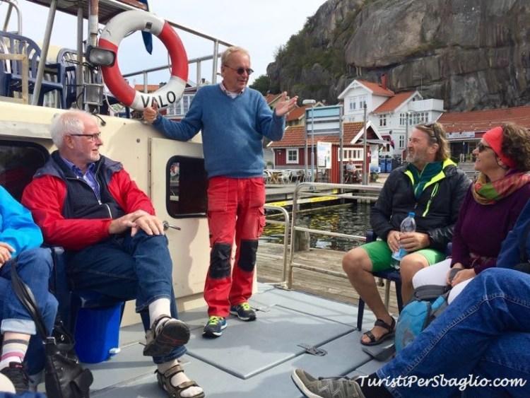 In barca nell'arcipelago del Bohuslan Svezia