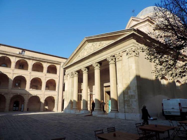 Cose da Fare a Marsiglia: Visita alla Vieille Charité