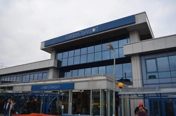 London City Havaalanı uçuşlara kapandı.