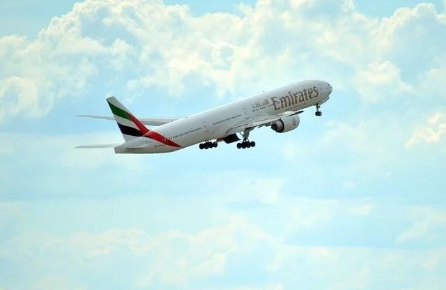 Emirates, tüm uçuşları durduruyor