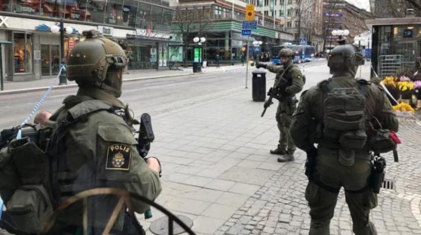 İsveç'te 3 şüpheliye terör gözaltısı