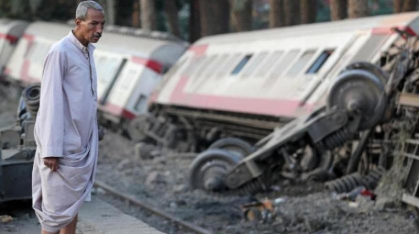 Mısır'da tren raydan çıktı: 12 yaralı