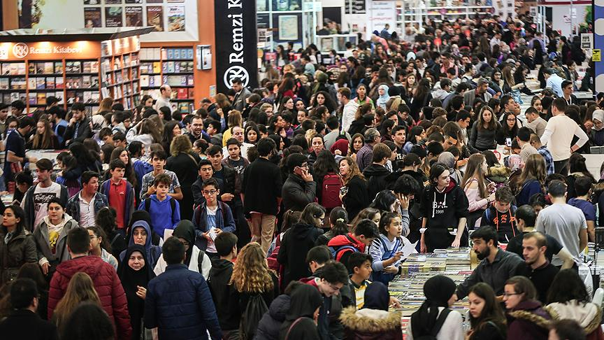 '37. Uluslararası İstanbul Kitap Fuarı'nı 611 bin 444 kişi ziyaret etti