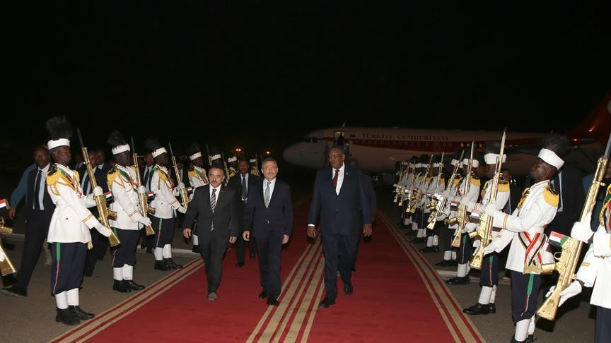 Cumhurbaşkanı Yardımcısı Oktay Sudan'da