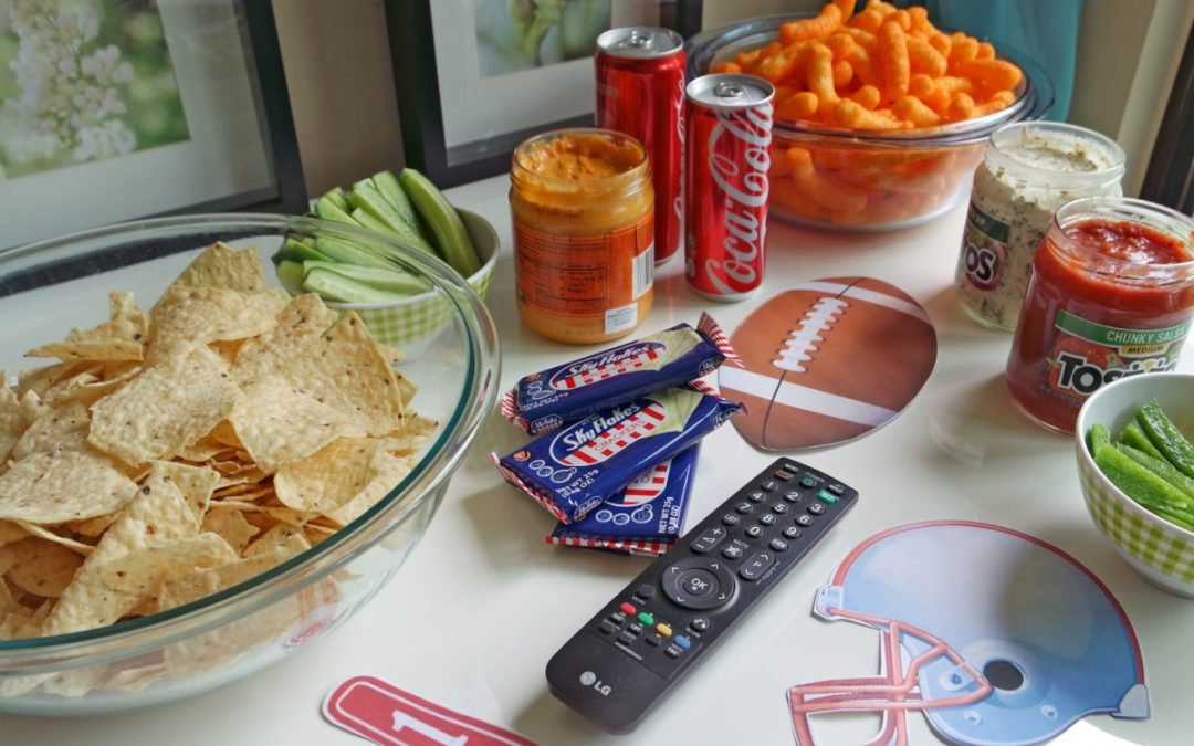Secrets to a Safe and Healthy Super Bowl Party