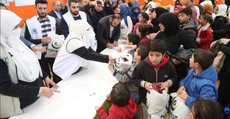 Photo of مساعدات باكستانية لأطفال سوريين بتركيا