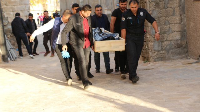 Photo of مقتل سوري في ولاية ماردين نحرا بـ سـ كين … إليكم التفاصيل