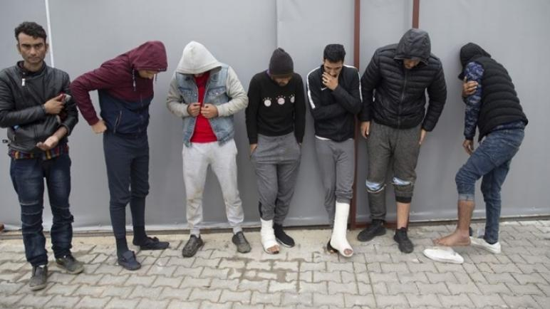 تركيا تعرض شهادات لمهاجرين اعتدت عليهم الشرطة اليونانية