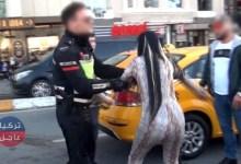 Photo of شابة مغربية في إسطنبول تنشر الفوضى والشرطة تتدخل (شاهد بالفيديو)