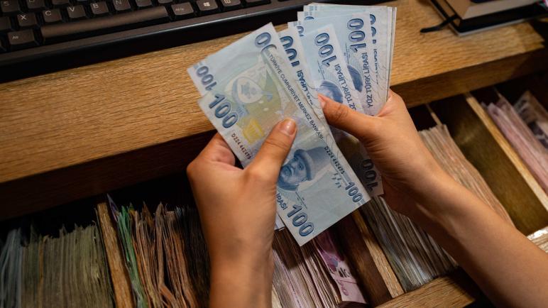 شاهدوا حال الليرة التركية أمام الدولار وبقية العملات مع انطلاق اليوم الأحد 25/10/2020