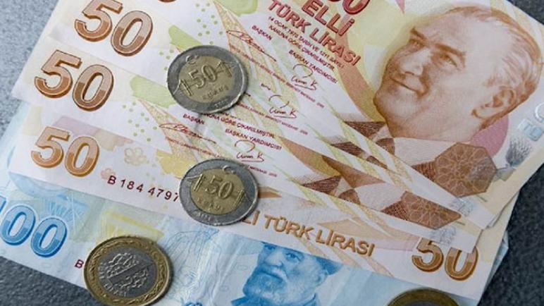 سعر صرف الليرة التركية مقابل العملات مع نهاية يوم الإثنين