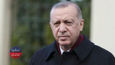 أردوغان يدخل منزل أحد المواطنين ويشاركه الإفطار (شاهد)