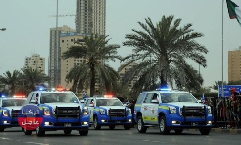 ضجة كبيرة في الكويت بعد نشر فيديو لسوري وهو يُهـ ـين العملة الكويتية (فيديو)