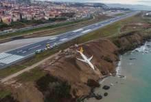Turkey, stranded plane, edge of cliff, Black Sea, Trabzon, Pegasus