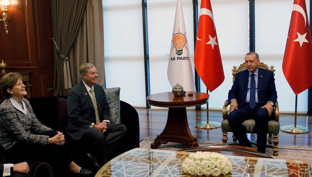 US Senators Lindsey Graham and Jeanne Shaheen meet with President Erdogan.