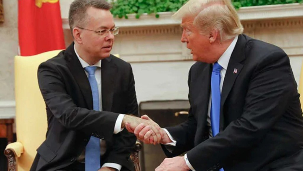 American pastor Andrew Brunson meets with U.S. President Donald J. Trump at the White House.