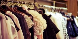 معلومات عن استيراد الملابس