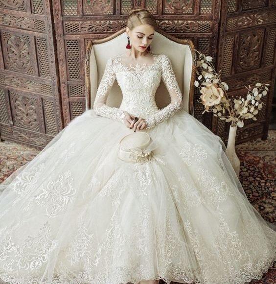 فساتين زفاف بالجملة في تركيا