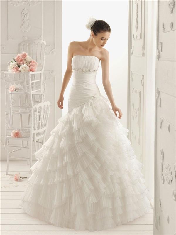 موقع بيع فساتين زفاف