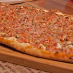 Pide with Ground Meat - Kiymali Pide