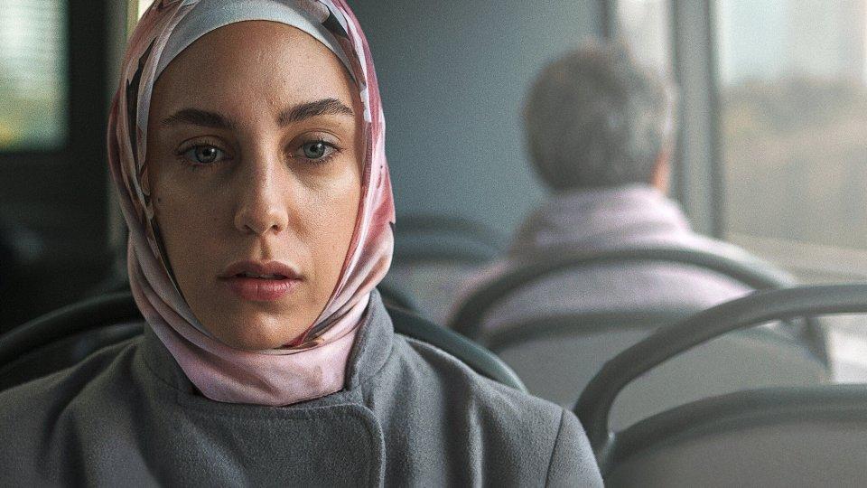 مسلسل طيف إسطنبول الحلقة 4 مترجمة للعربية