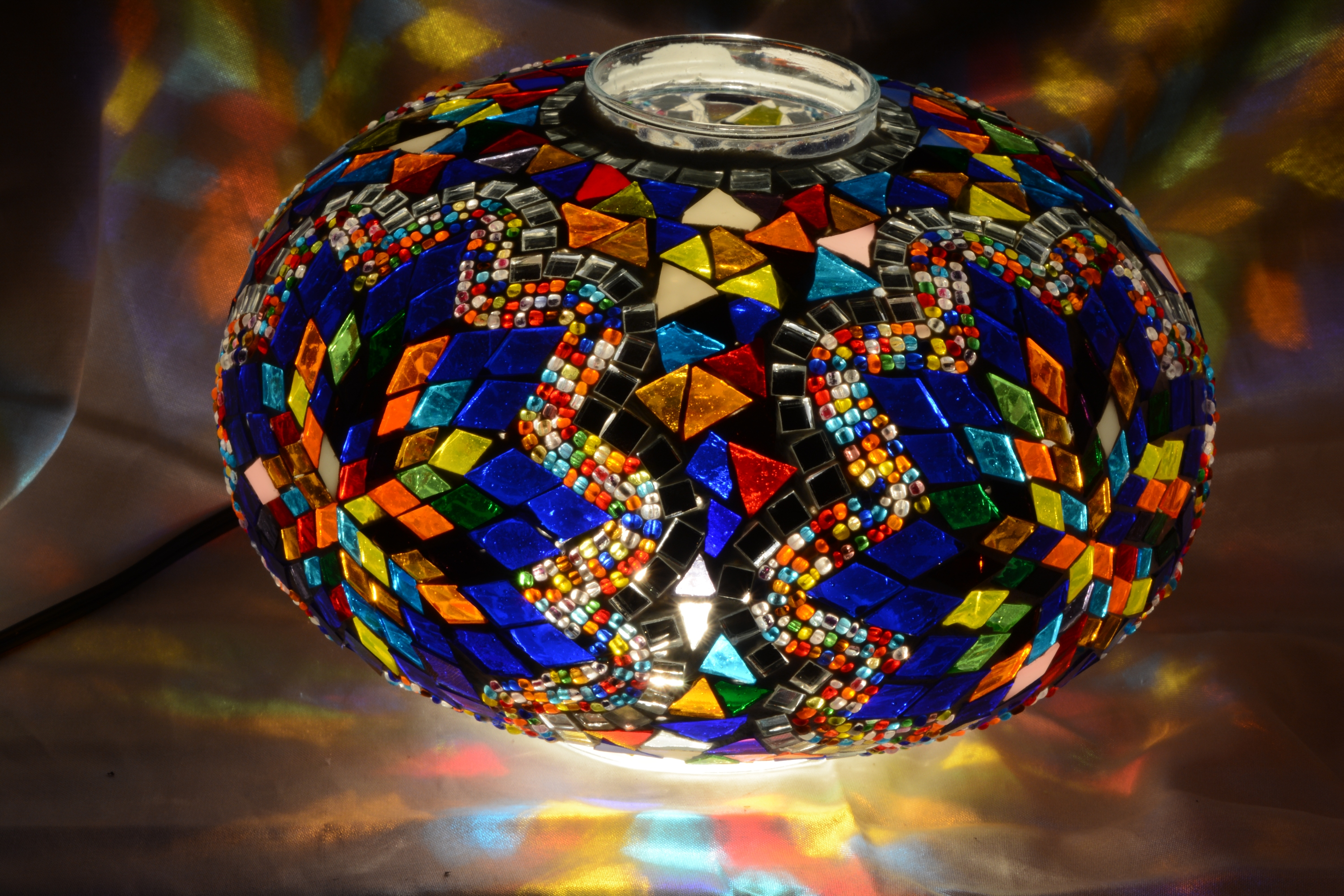 Size 5 mosaic lamp model