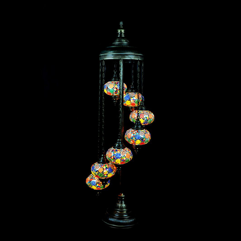 Spiral standing mosaic lamp