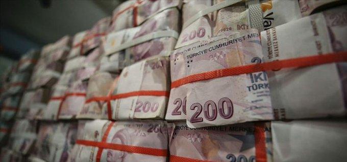 Türkiye İstatistik Kurumu yaptığı açıklamada, Türkiye pazarında konut satışlarının Eylül 2020'de bir önceki aya göre% 19,8 azaldığını belirtti. Türkiye pazarında geçen ay toplam konut satışları Ağustos 2020'deki 170,4 bin konuttan 136,7 bin haneye ulaşırken, satışlar Eylül 2019'daki 146,9 bin konuttan yıllık bazda% 6,9 azaldı.