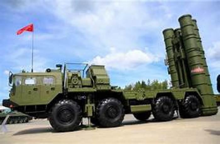 """NATO, Rusya'dan satın alınan S-400 hava savunma sistemlerinin Sinop'ta test edildiği iddialarına yanıt verdi. NATO (Kathimerini) tarafından gönderilen bir medya transkriptinde yayınlanan habere göre, """"Türk S-400 hava savunma sistemleri herhangi bir talihsiz testle bağlantılı. Türkiye misyonuna alternatif çözümler bulmak için diğer müttefiklerle birlikte çalışmak."""""""