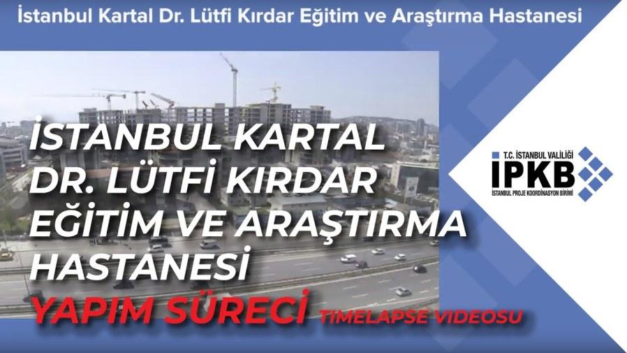 """Fotoğrafları sosyal medya hesabından paylaşan İstanbul Cumhuriyet Halk Partisi Genel Başkan Yardımcısı Mehmet Bakaroğlu, """"Sorun büyük . Maskenin temizliğinden ve mesafesinden (temizlik) yorulmadan gelin"""" notunu düşürdü. """"Virüs bulaşmış hastalar hastaneyi arar ve bir yer arar."""" Solunum Sistemi ve Göğüs Hastalıkları Akademik Derneği Başkanı Prof. Dr. Bülent Tutlulu, vatandaşları uyardı, """"İstanbul'daki durum çok çalkantılı."""" Sosyal medya hesabından açıklama yapan Tutluoğlu, """"Covid'li hastalar hastane hastane dolaşıp yer arıyorlar. Özel hastanelerde bile hastane kuyrukları var. Solunum yetmezliği durumunda, doktor 24 saat boyunca bir arkadaşına yatak ayarlayamadı. Ayrıca çok zor bir yoğun bakım yatağı da bulabilirsiniz. """""""