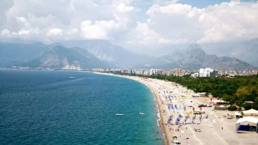 Parc de la plage de Konyaalti