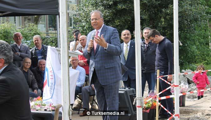 Krachtige boodschap tijdens bouw nieuwe Turkse moskee Den Haag7