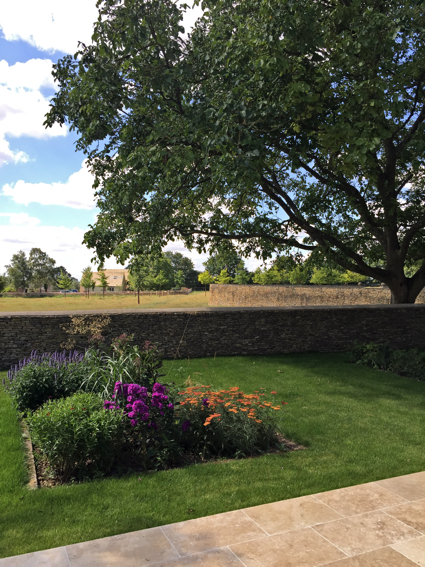the holiday cottage garden