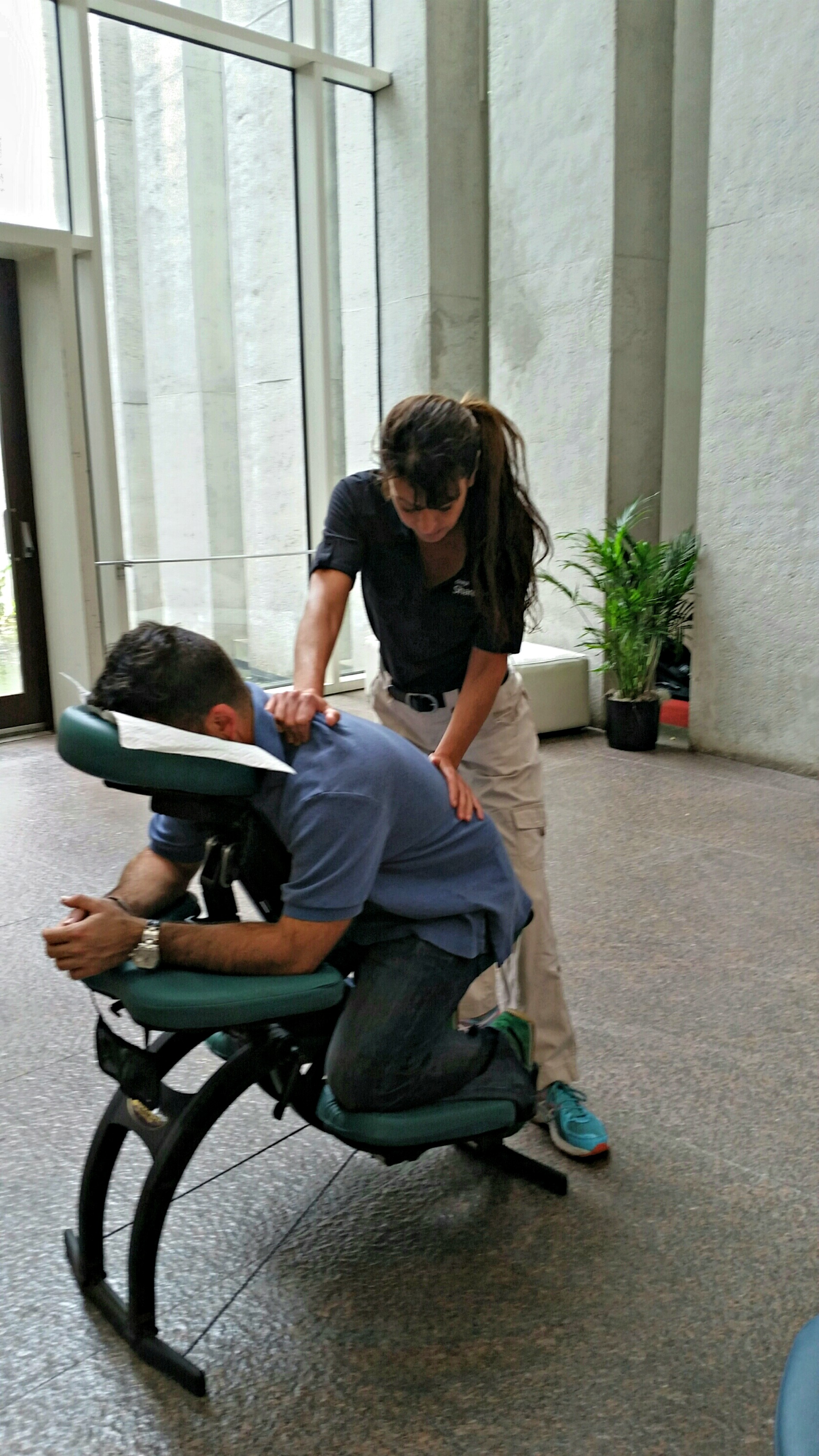 Corporate Chair Massage Best Chair Massage Atlanta Corporate Massage And Events By