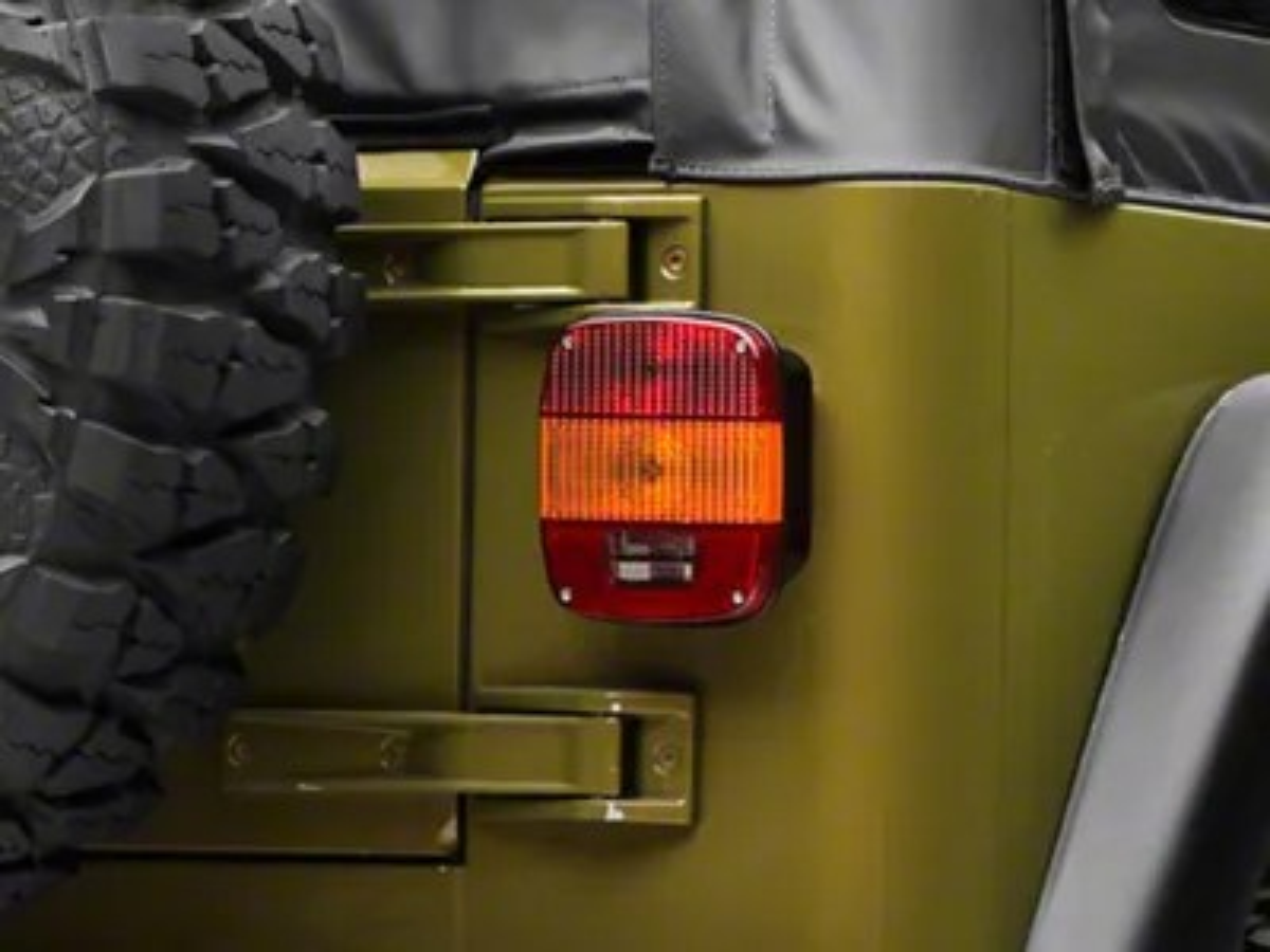 Jeep Wrangler Export Tail Light (9706 Jeep Wrangler TJ)