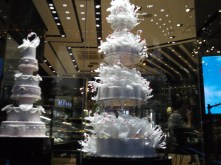 Black Swan Bakery, this cake costs 1,999,999 RMB ($322,408/£188,317)!