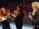 Becky Lynch enfrentara a Charlotte en Fastlane