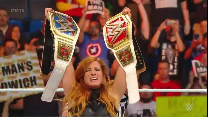 Becky Lynch vence a Lacey Evans en Money In The Bank