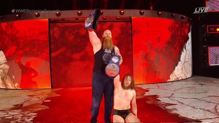 Daniel Bryan y Rowan retienen sus campeonatos en Stomping Grounds