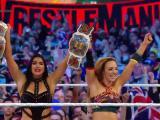 Motivo por el cual The Iconics no tienen presencia en televisión de WWE
