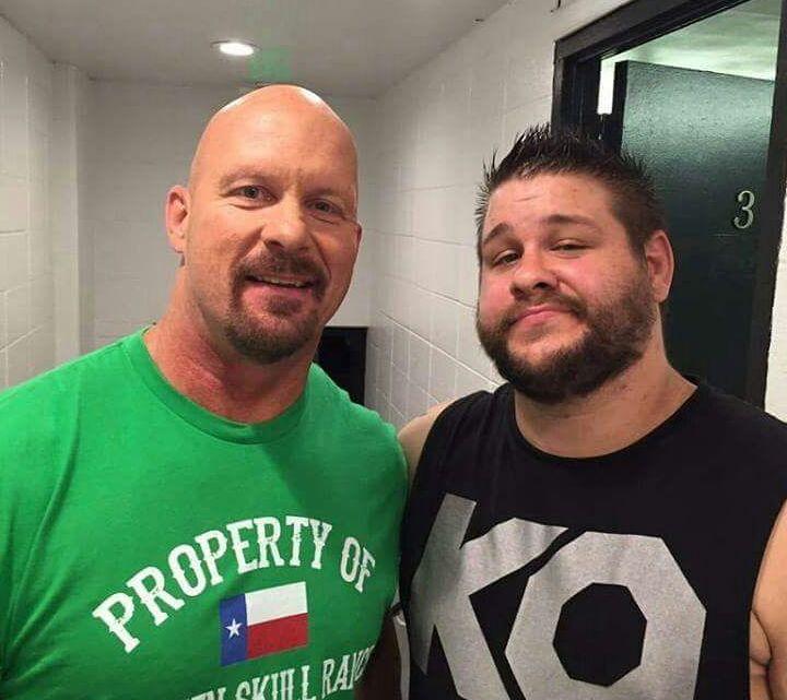 WWE querría hacer de Kevin Owens una especie de Stone Cold