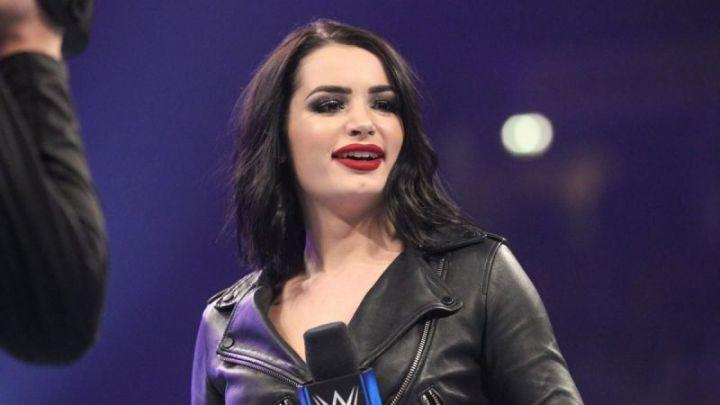 Paige ofrece a sus hermanos para NXT UK