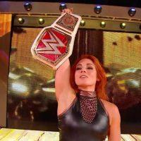 Becky Lynch retiene su Campeonato Femenino en Clash of Champions