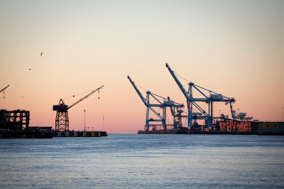 Shipping cranes and the Mobile River