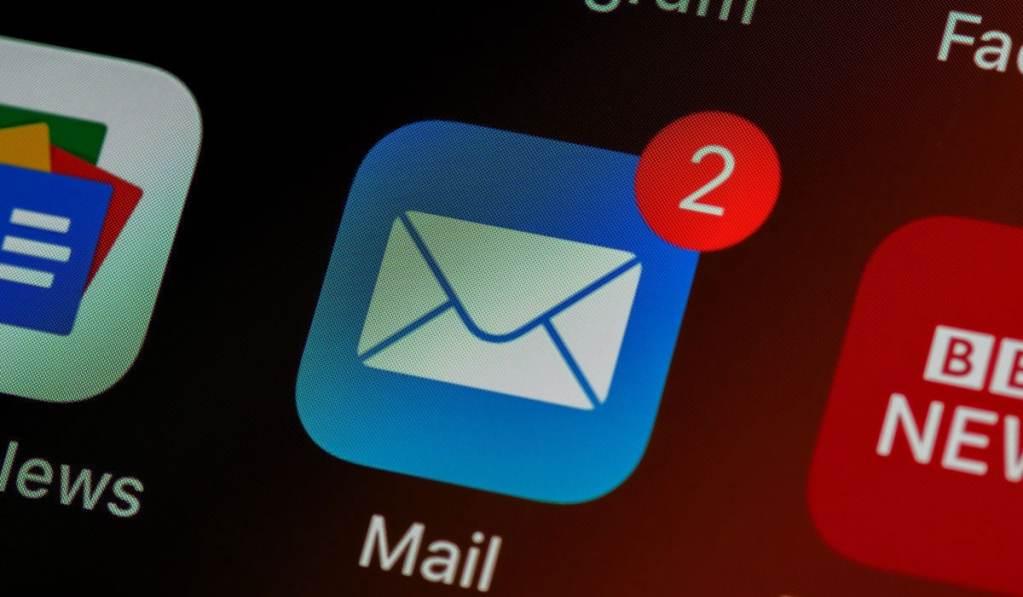 iOS Mail Icon Screen Shot