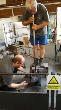 Glass blowing on the same vase