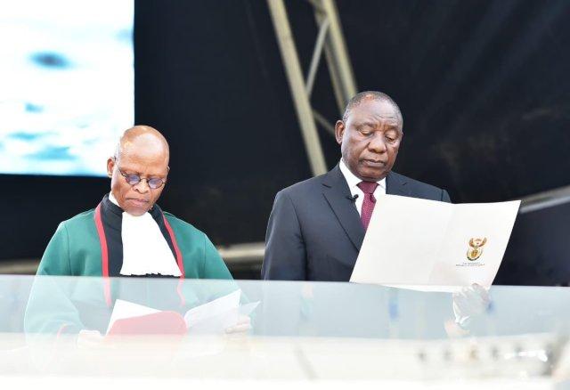 Ramaphosa takes oath