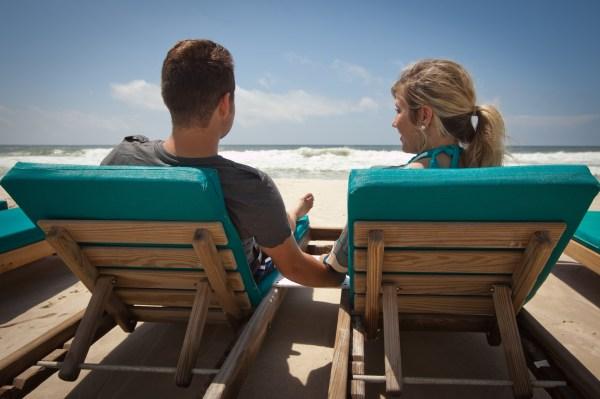 Gulf Front Beach Chair & Umbrella Rentals - Turquoise